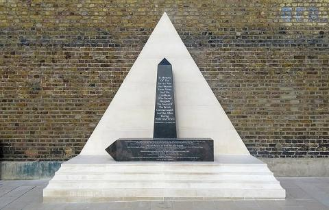london-windrush-memorial-brixton_1000x640.jpg